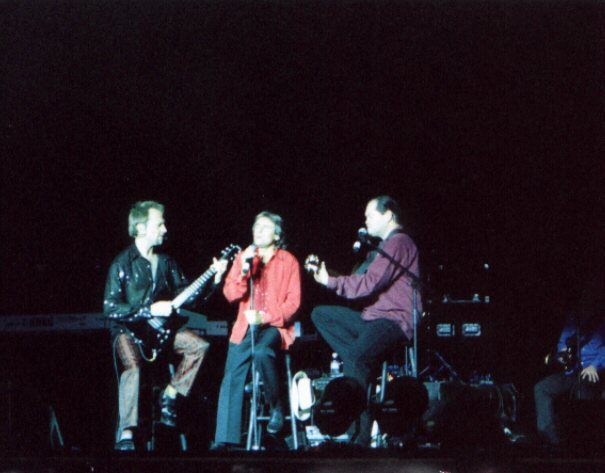 Jeff Guerra's Pictures from Lowell MA show 2001 - 2