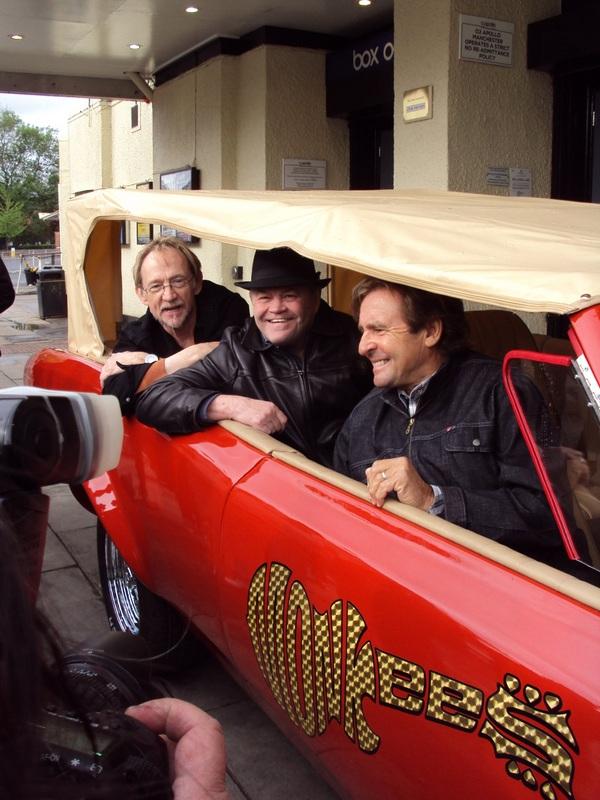 Monkees in MonkeeMobile 2011