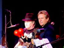 Abrupt end of the Monkees tour leaves fans wondering why