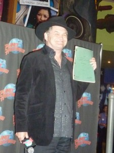 Micky Dolenz Presents to Planet Hollywood 2011 (video)