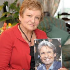 Monkee Davy Jones' Norfolk sister pays tribute