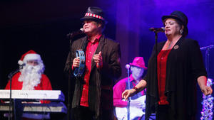 Micky Dolenz, with sister Coco, at Monkees Christmas show at Musikfest Cafe in Bethlehem