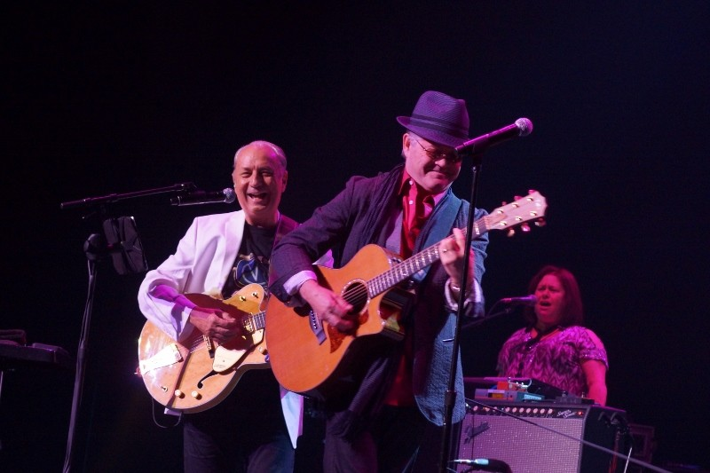 Concert review: Monkees shine in Mesa
